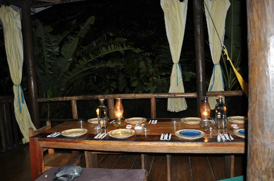 La Loma Jungle Lodge and Chocolate Farm: Lodge Dinner
