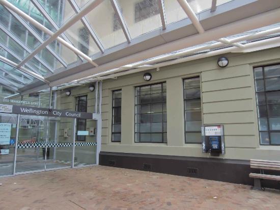 Wellington Town Hall: A nice building