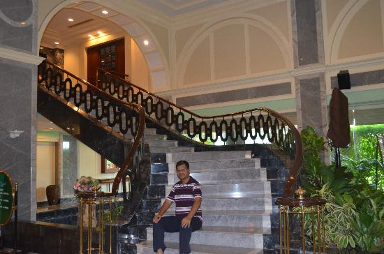 Patong Resort: Beautiful staircase