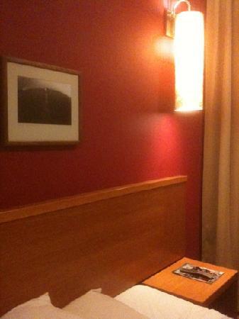 Victoria Inn: room