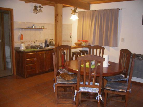 Latitud Patagonia Apart Hotel: comedor