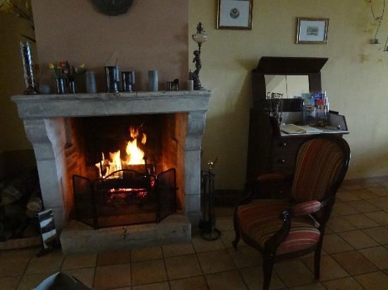 La Maison du Pecheur: Chimenea, perfecto para calentarse tras ir a cenar