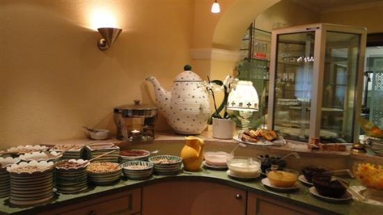 Hotel Annelies: ...Bio-Ecke am Frühstücksbuffet....