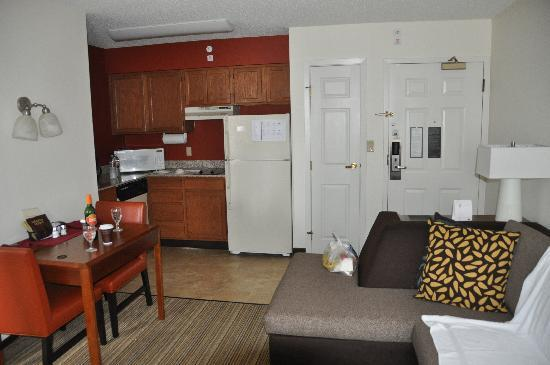 Residence Inn New Orleans Metairie: First room