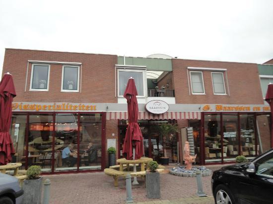 Urk, Hollandia: Baarssen fish shop and restaurant (May 2012)