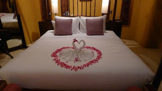 Paradee Resort Honeymoon Bed
