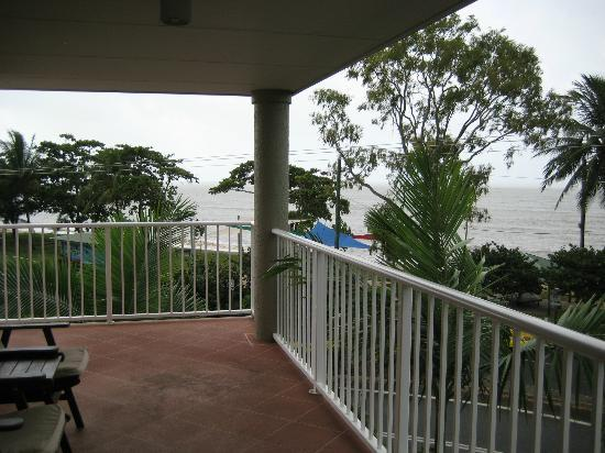 Cairns Beach Resort: Nice View from room #67