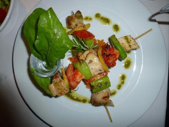 Karia Bel' Hotel & Restaurant: Fischspiess