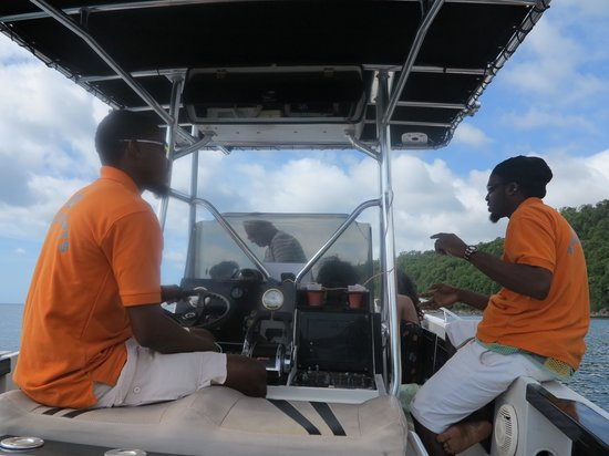 Saluna Excursions & Watersports: Land & Sea tour crew