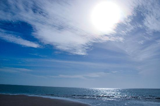 Dhanushkodi Beach: Blue Skies