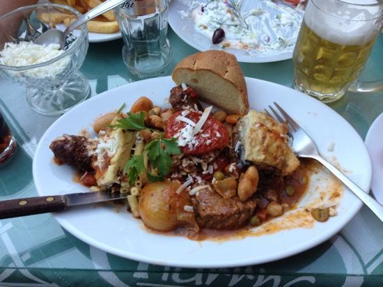YIANNIS: Greek plate, tyvärr påbörjad... ljuvligt god!