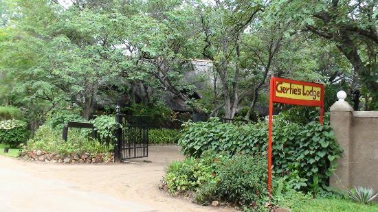 Gerties Lodge Victoria Falls: Eingang