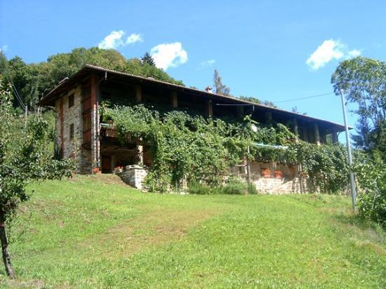 Varallo, Italia: Agriturismo Valdigoja