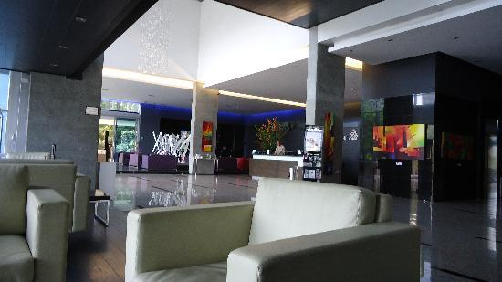 NH Collection Medellin Royal: lobby