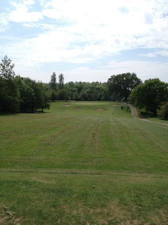 Clays Golf Course: Lovely short par 3
