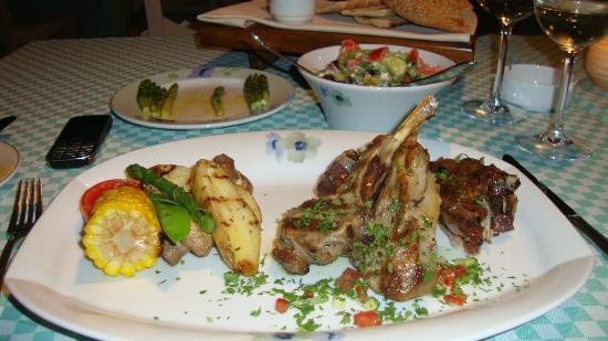 """Le Vieux Village Restaurant: The 2nd night's food """"Kleftiko and chops"""""""