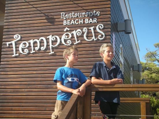Restaurante Beach Bar Temperus: last afternoon of the holiday, lunch at Temperus