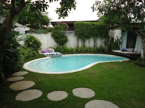 Kiss Bali: 2 BR pool