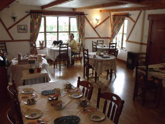 Tudor Lodge: main diningroom