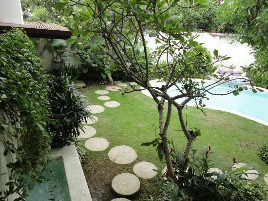 Kiss Bali: Pool area of 2bedroom