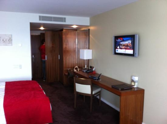 Clayton Hotel Galway: Bedroom