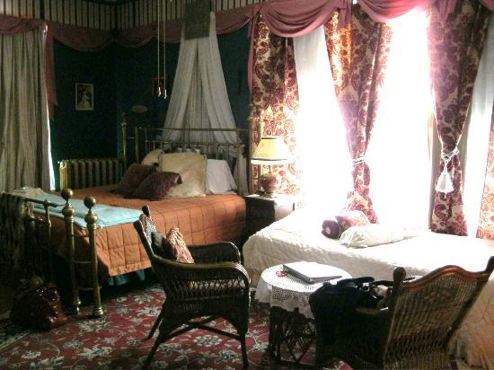 Wickwire House Bed and Breakfast: Royal Oak room (a.k.a. Scotia room)