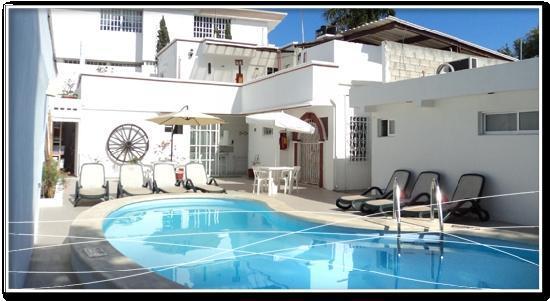 Moloch Hostel y Suites : HI Hostel Moloch