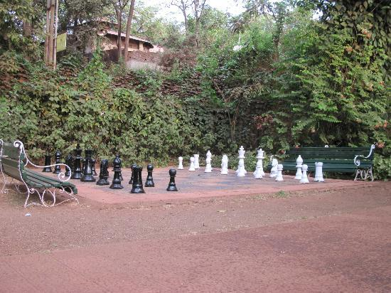 Lords Central Hotel: Life size Chess Game