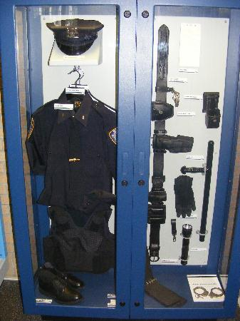 New York City Police Museum : NYPD Uniform
