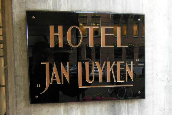 ‪‪Bilderberg Hotel Jan Luyken‬: Art Deco hotel sign on street‬