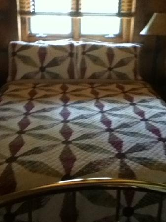 Buffalo Rock Lodge: comfy bed