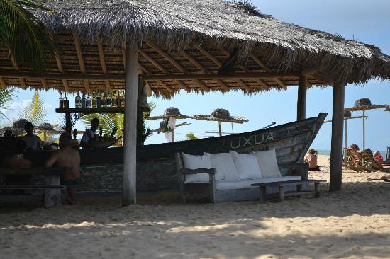 UXUA Casa Hotel & Spa: bar na praia