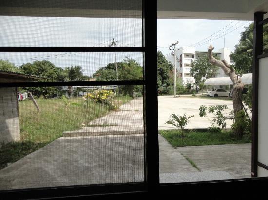 Choeng Mon Beach Hotel and Spa: vue depuis la chambre