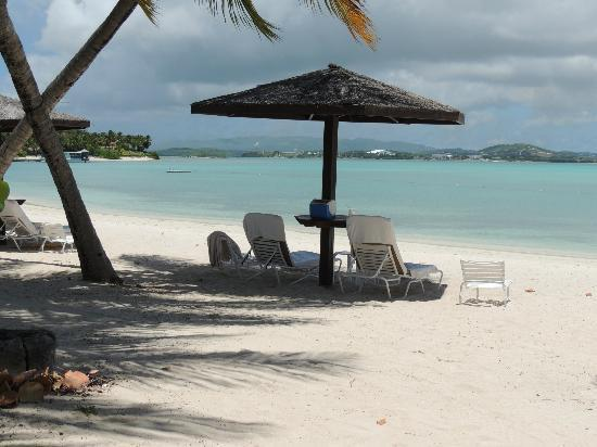 Jumby Bay, A Rosewood Resort: Our place on the beach...