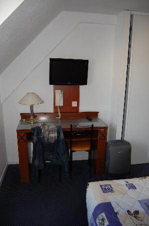 Saint Louis de France: Vista general de la habitación