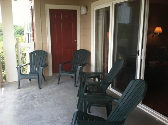 Sunrise Ridge Resort: large balcony