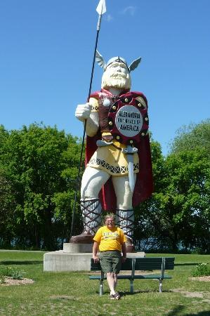 Big Ole Viking Statue: Geno and Big Ole