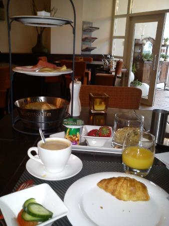 Auberge Nassau: petit déjeuner
