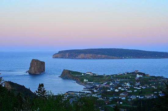 Perce Au Pic de l'Aurore: Balcony view right after sunset