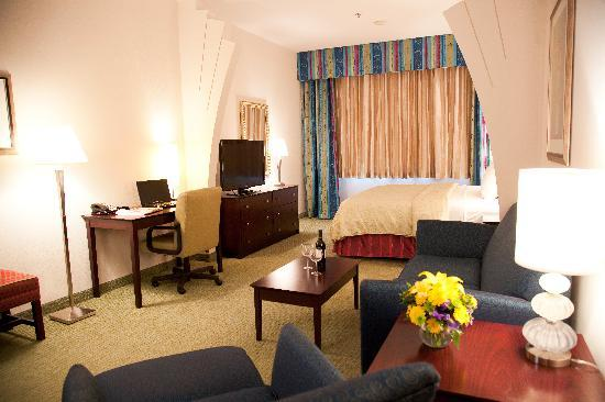 Clarion Grand Boutique Hotel: King Room