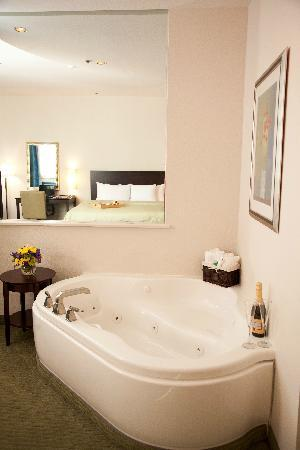 Clarion Grand Boutique Hotel: jacuzzi