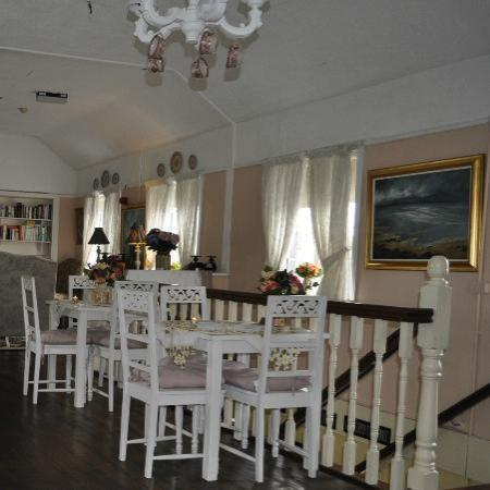 Adare's Old Creamery Gift Co.: Old Creamery Tea Rooms
