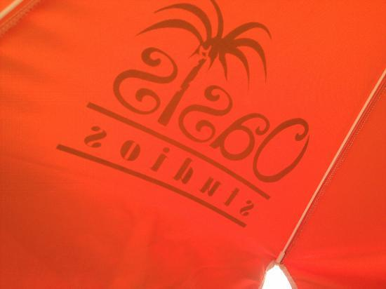 Oasis Studios Mikri Vigla: Sonnenschirm der Studios