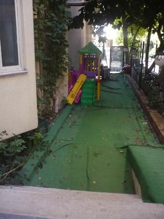 Aegean Park Hotel: play area