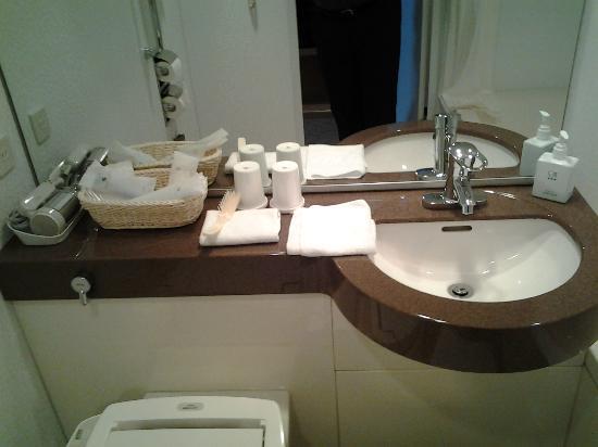 Hotel Associa Shizuoka : Nice bathroom