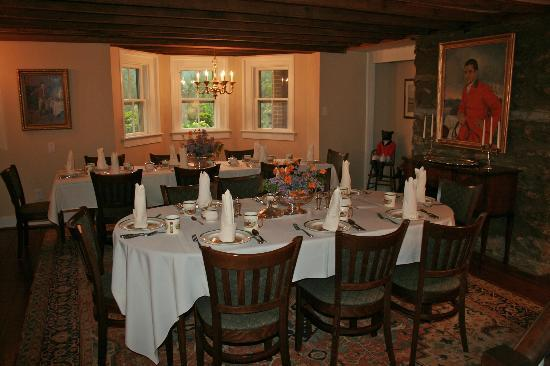 ‪‪The Inn at Mount Vernon Farm‬: Quaint Dining Room‬