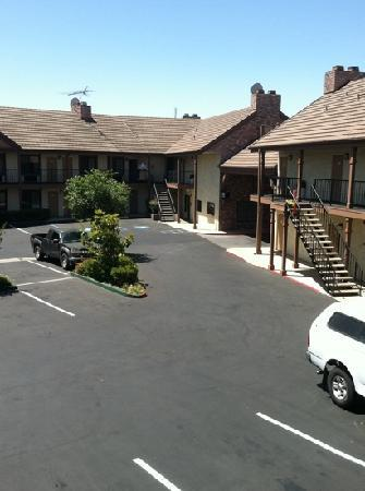 BEST WESTERN Country Inn: View of office from Room 228