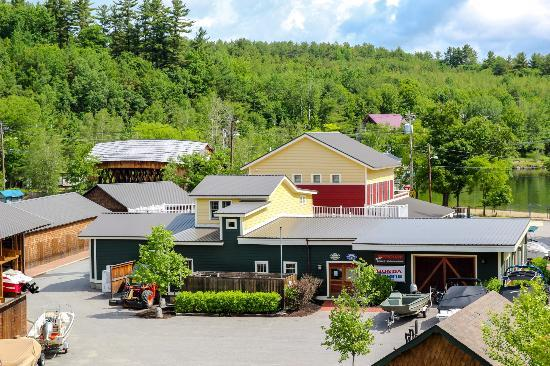 Ashland, NH: Overview of Riveredge Marina