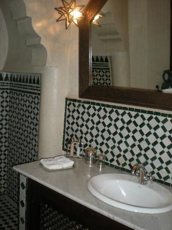 Riad Ilayka: Baño