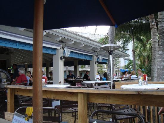 Trianon Bonita Bay: At the Lakehouse Bar & Grill